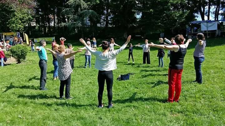 Energie et sens qi gong bethisy saint martin crepy en valois compiegn yoga du rire bien etre constellations familiales formations energetiques massage